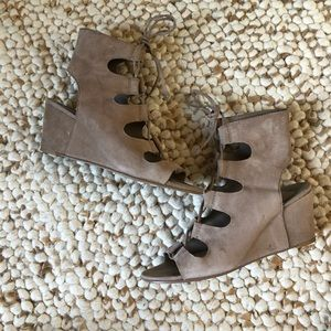 Dolce Vita Louise wedge bootie